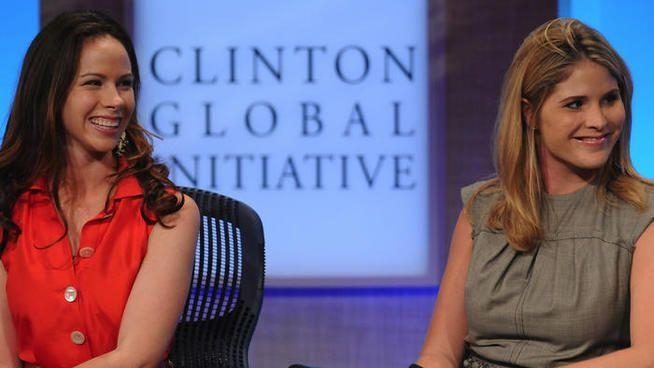 Malia et Sasha Obama vont désormais poursuivre leur vie loin de la Maison Blanche. Les filles de George W. Bush ont tenu à leur adresser un dernier message avant le grand saut.