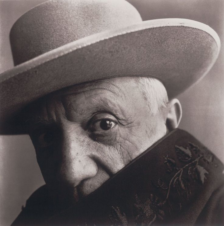 Picasso at La Californie, Cannes, France | The Art Institute of Chicago  Irving Penn