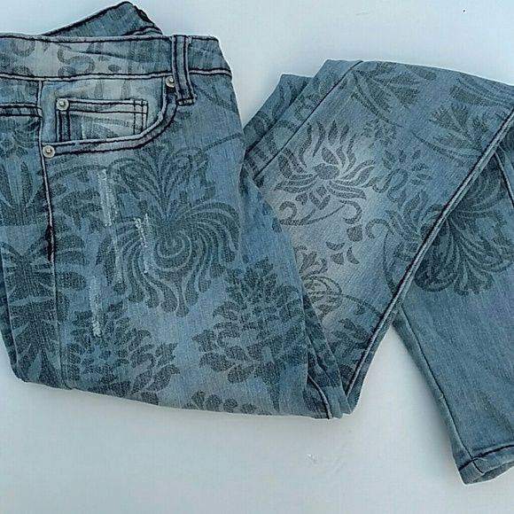 Denim Printed Skinny Jeans Stretchy skinny jeans with a unique distressed pattern. Preloved with lots of life left. Rue 21 Jeans Skinny