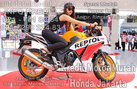 15 Perbandingan Yamaha R15, Honda CBR150R, dan Kawasaki Ninja RR