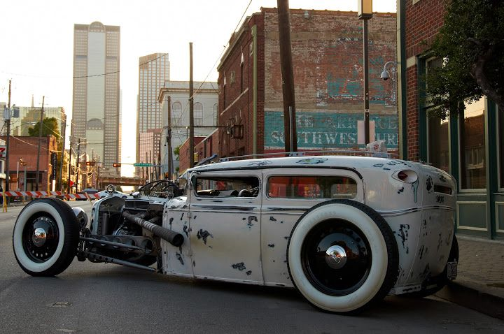 The Invasion Car Show 2012. Deep Ellum, Dallas, Texas. Photo by Andy New.