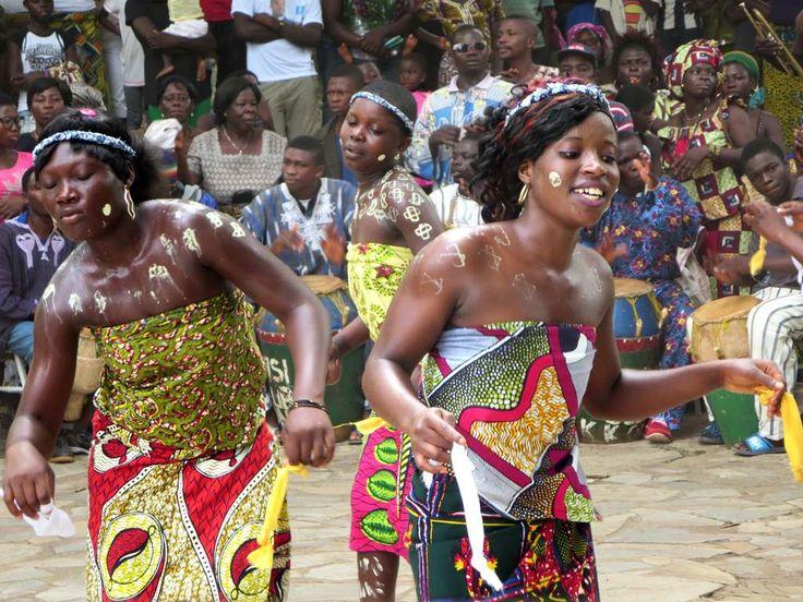 Girls perform the traditional Ewa bobobo dance at the Hotel Campement de Kloto in the Forêt de Missahohe at Kouma-Konda village near Kpalime, Togo.