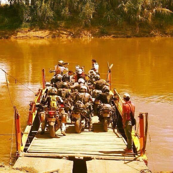 Photo from Daniel Pelaez Location: Crossing Cauca River in Valle del Cauca - #Colombia #adv #wwt