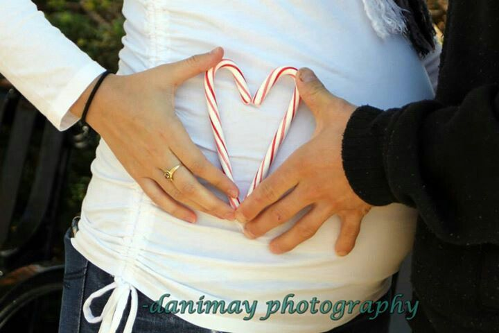 Maternity photo shoot 2013...love this for my hopeful Christmas baby