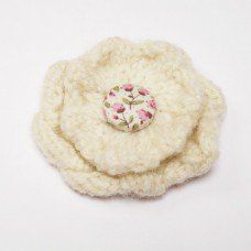 Hand Knitted Pure New Wool Corsage Brooch Made by ArtyThreads in West #Yorkshire - £6.50