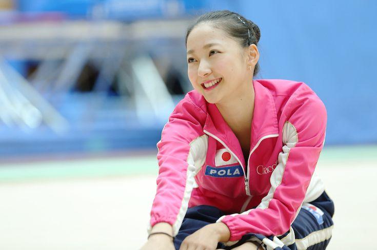 幼い頃に歌や踊りが好きだった少女が魅せられたのは、クルクル回るリボンだった。そこから新体操を始めた畠山愛理さんは今、日本を背負うアスリートへと成長した。