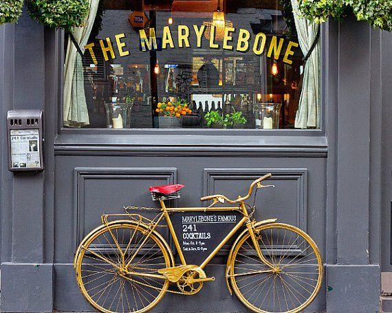 KeriBevan - London Decor, Art print of bicycle #photography #art #interior #wall #photo #print #home #kotiin #sisustus #sisustusidea #valokuvaus #valokuvataide #taide #interiordecor #interiordecoration #koti #uuttakotiin #sisustusinspiraatio #inredning #photos #londonphotography #bicycle