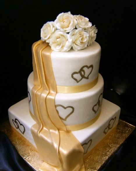 double gold hearts | gold double heart wedding cake — Other / Mixed Shaped Wedding Cakes