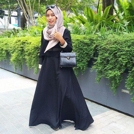 Skirts & Scarves