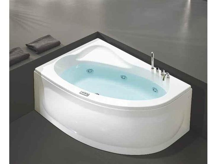 Esta bañera está en el baño. Es moderna porque tiene el hidromasaje ...