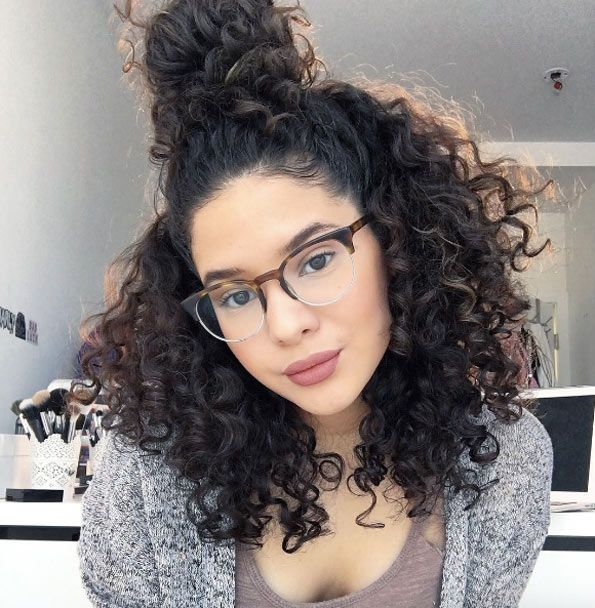 Curly half-up by Lynn Kate | Curly hair styles, Curly hair styles naturally, Curly hair inspiration