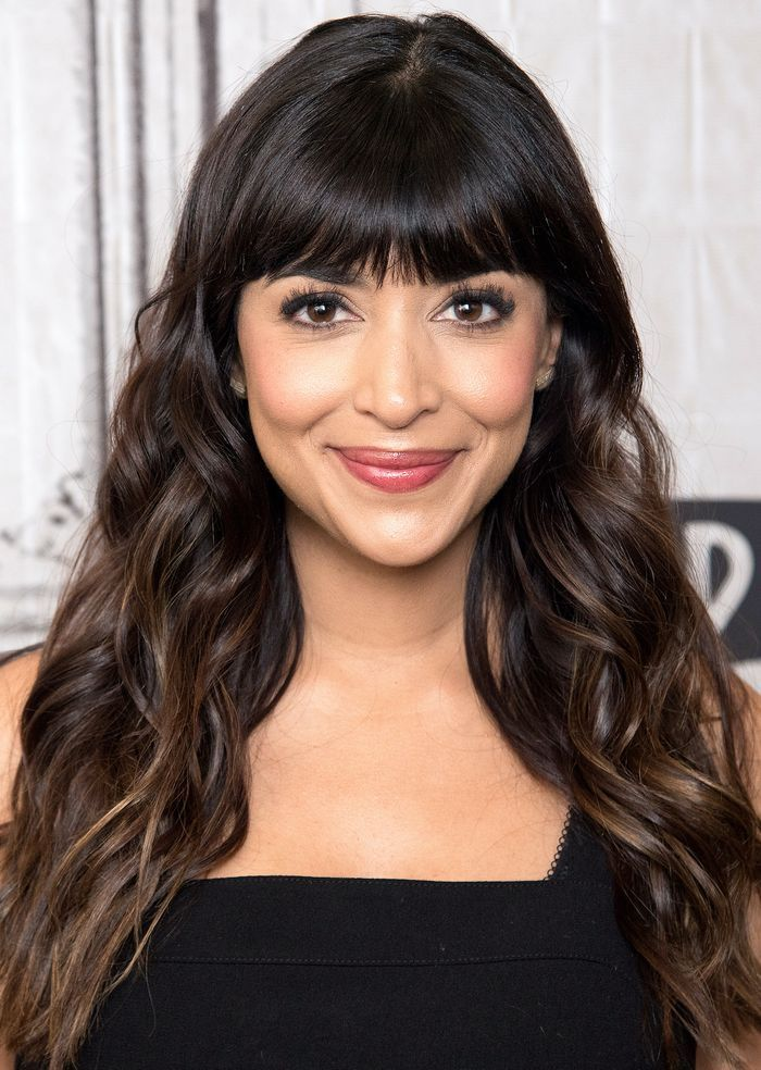 The Best Bangs For Every Face Shape According To A Celebrity Hairstylist Oval Face Bangs Oval Face Hairstyles Celebrity Hair Stylist