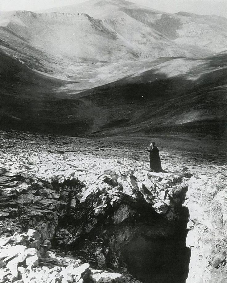 Βοσκός στον Όλυμπο το 1970.Φωτ.Σπύρος Μελετζής.