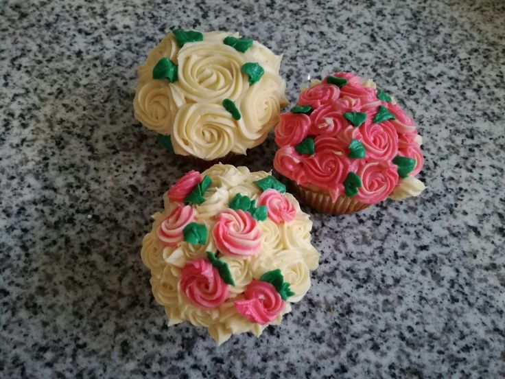 Rosy cupcakes z