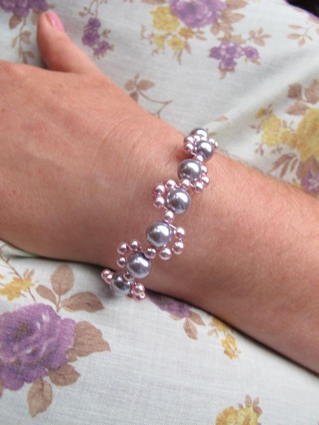 Moois van ' M(i)e': juwelen - MAAK HET ZELF : project : poederarmband