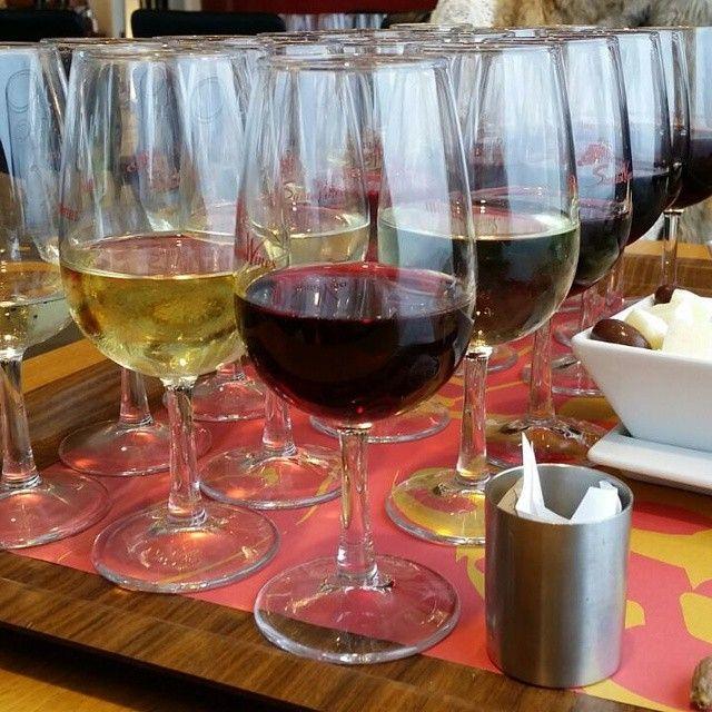 #WineTasting #Wines #Santorini Photo credits: @stellaluzmatos