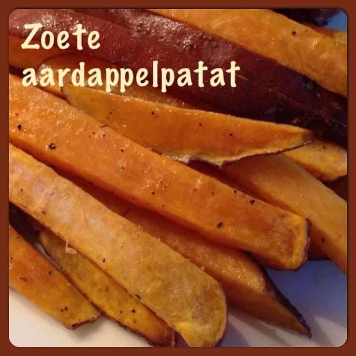 I love zoete aardappel! Eenvoudig te maken, recept: http://www.ohmyfoodness.nl/omf-kookt/diner-omf-eet/super-healthy-sunday-geroosterde-zoete-aardappelfrietjes Ik heb de aardappels niet geschild, anders dan in het recept. Scheelt heel wat werk en was erg lekker!