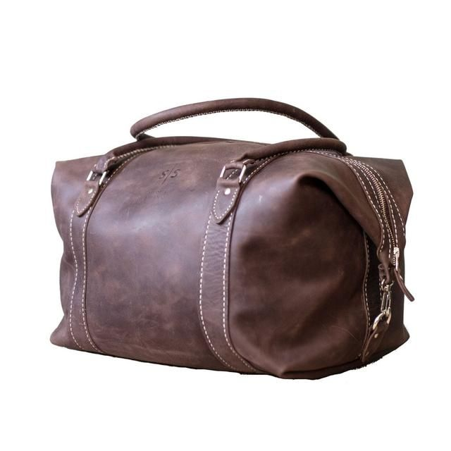 Simply a classic. The Hand-stitched duffle bag in brown! Get it now: http://swish-swank.com/products/the-hand-stitched-duffle?utm_campaign=crowdfire&utm_content=crowdfire&utm_medium=social&utm_source=pinterest