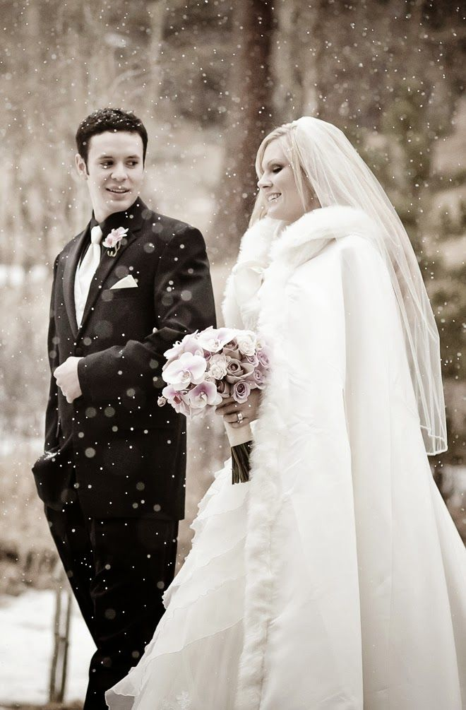 Whimsical #Winter #Wedding by Dreamtime Images | bellethemagazine.com