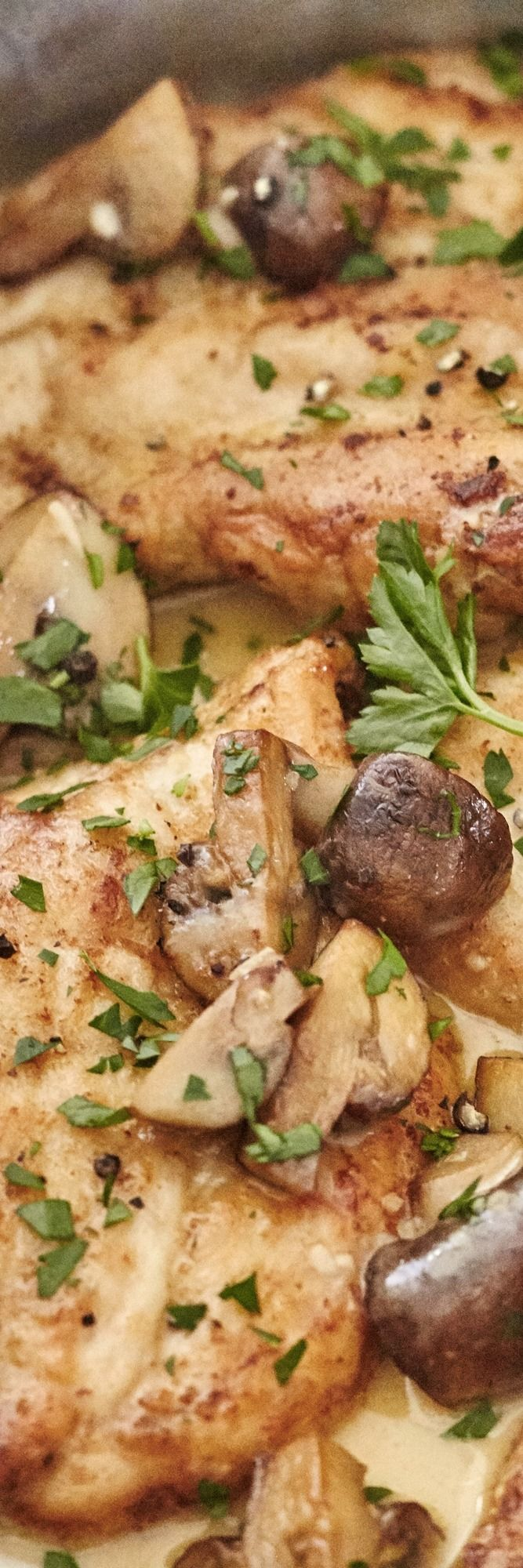 BEST Homemade Chicken Marsala Recipe. Like That Classic Olive Garden Menu  Item, This EASY