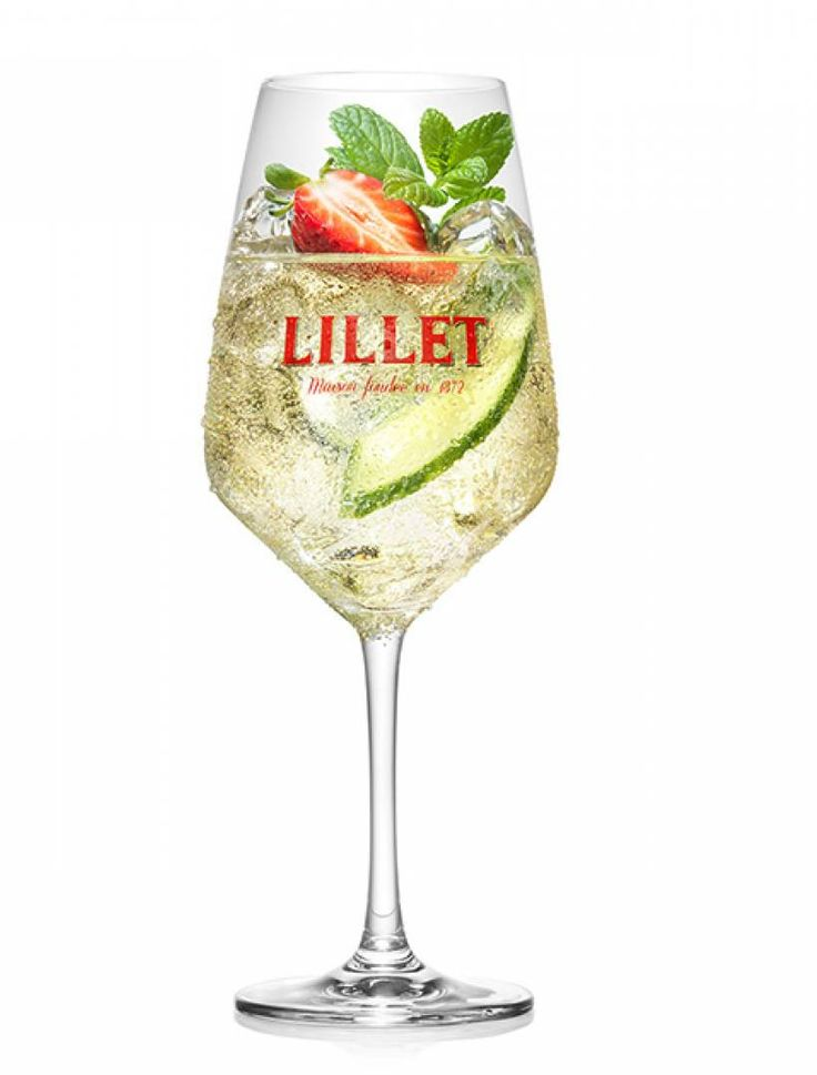 Lillet Vive: Drink Recipe with Tonic Water & Cucumber – Mixing Video