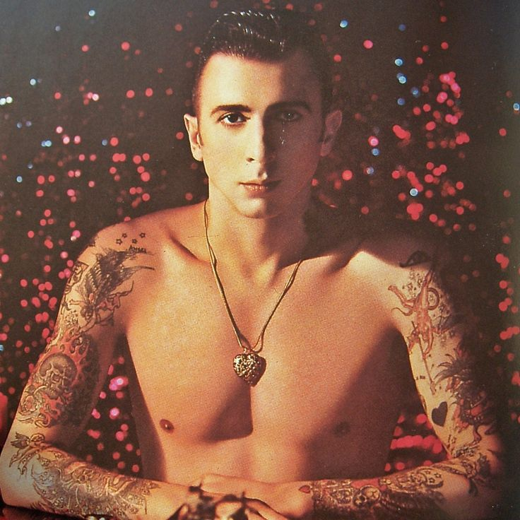 Marc Almond (artwork by Pierre et Gilles), who inspired the creation of the character Raoul Sinclair.