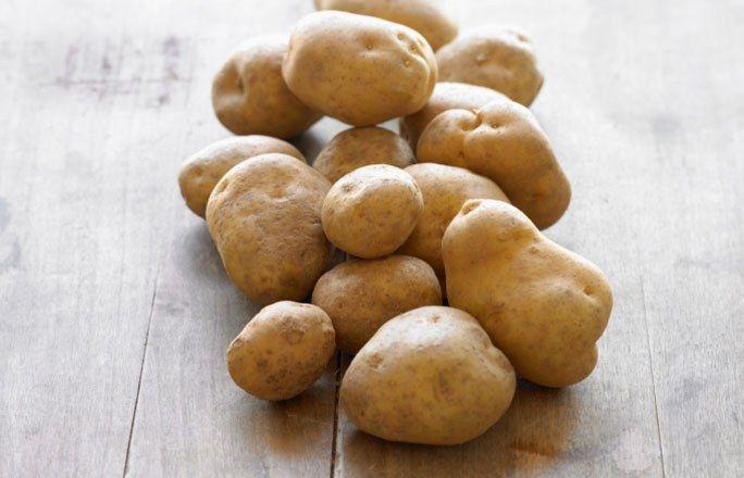 Kartoffelsaft - Sodbrennen Hausmittel: DIE besten Lebensmittel gegen Sodbrennen - Kartoffelsaft? Genau, das ist der Saft von Kartoffeln. Den gibt's in der Apotheke oder im Reformhaus für alle, die ihre Kartoffeln nicht selber pressen wollen. Kartoffelsaft ist ein sehr gutes Hausmittel bei Sodbrennen...