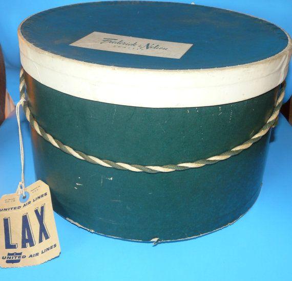 Vintage hat box...Sales 3000, 3000 Vintage
