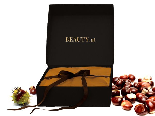 SO STARTEN SIE STRAHLEND SCHÖN IN DEN HERBST & WINTER! Wir haben Ihre BEAUTY BOX prall gefüllt mit allem, was Ihre Haut und Ihr Haar für den Start in die kühle Jahreszeit so dringend brauchen. Für Tag und Nacht, für Gesicht und Körper, für perfekte Haut und gepflegte High Heel-Füße. Ihre neue BEAUTY-BOX bietet Ihnen mit klugen Pflege-Produkten und hinreissenden Duftkreationen Beauty-Luxus pur!