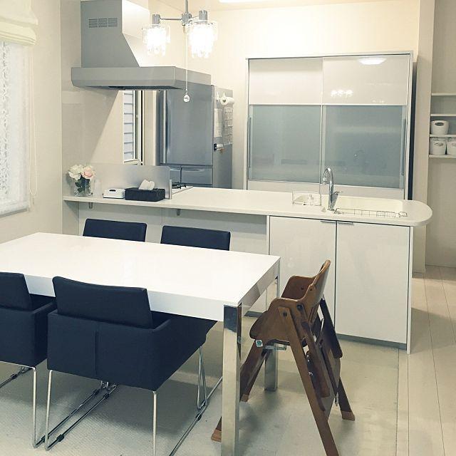 キッチン 隠す収納 食器棚 モノトーン ホワイトインテリア などのインテリア実例 2015 11 22 16 07 07 Roomclip ルームクリップ インテリア インテリア 実例 ダイニング