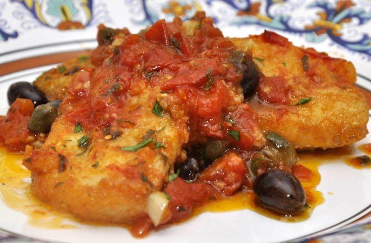 BACCALA' IN CASSUOLA è un piatto tradizionale Campano, tipico Napoletano; con diverse varianti nell'utilizzo di aromi, dall'aglio al rosmarino, dalla salvia alla cipolla. Impanare con farina e friggere il baccalà prima di metterlo in casseruola con Salsa Di Pomodoro, Olive Nere, Pinoli, Capperi, Aglio, Olio Extravergine Di Oliva, Sale e Pepe; spesso anche acciughe sotto sale e cipolla. #Foodie #CarnevaliLuigi https://www.facebook.com/IlBuongustaioCurioso/