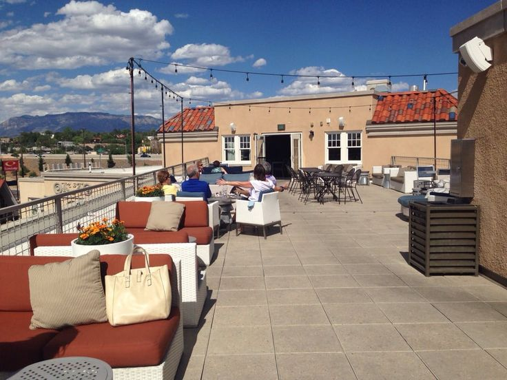 7 Best Restaurants With Rooftop Dining and Bars in New Mexico