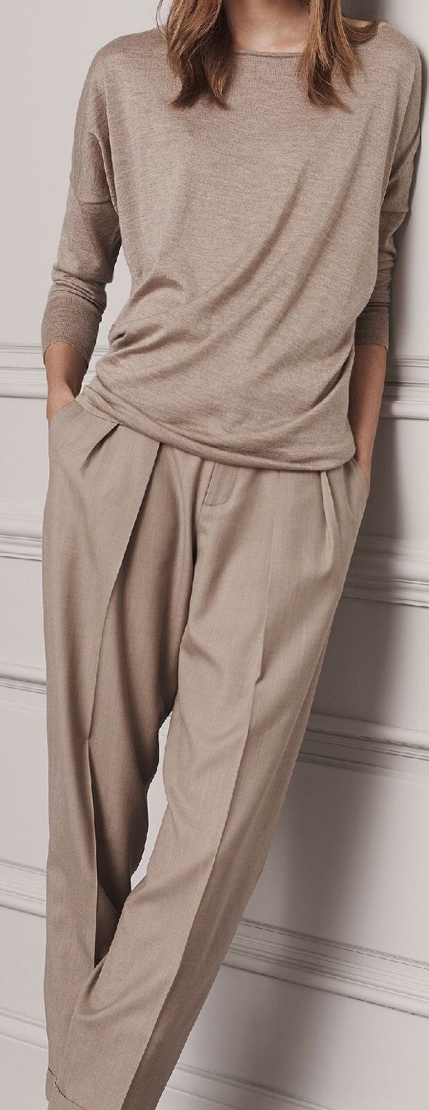 Tan pleated trousers with matching sweater - Ralph Lauren