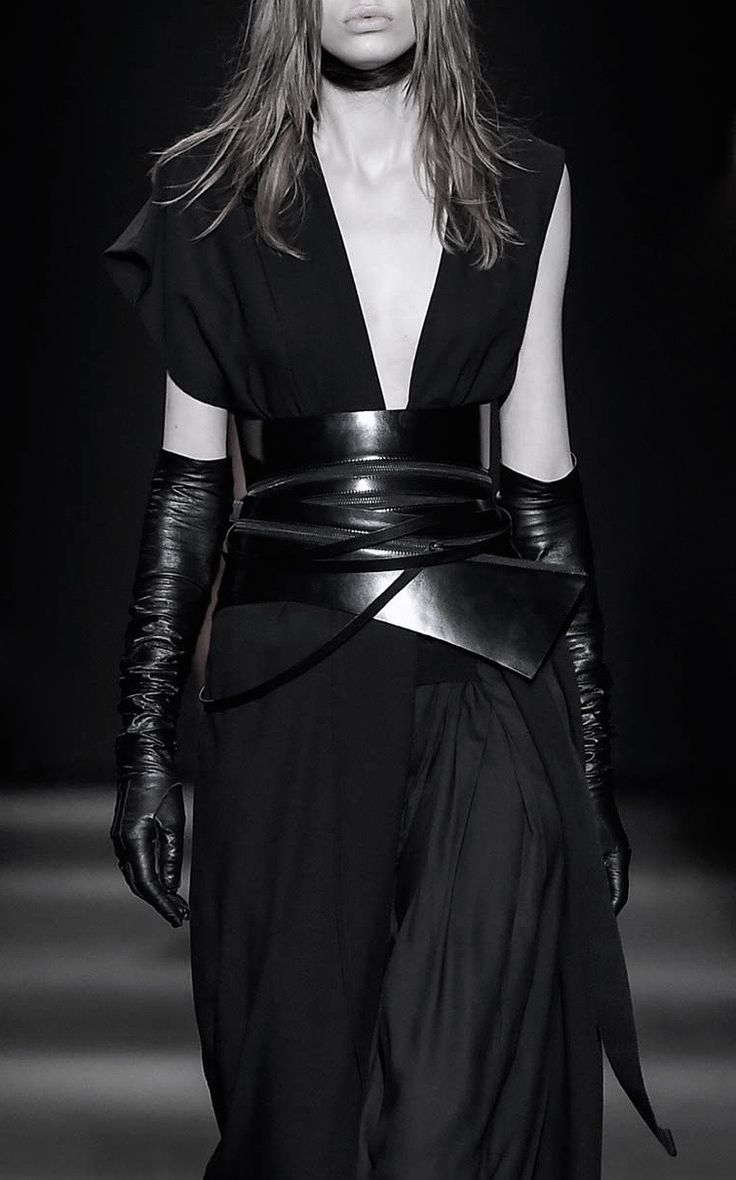 Ann Demeulemeester | Fall 2015 #catwalk #fashion