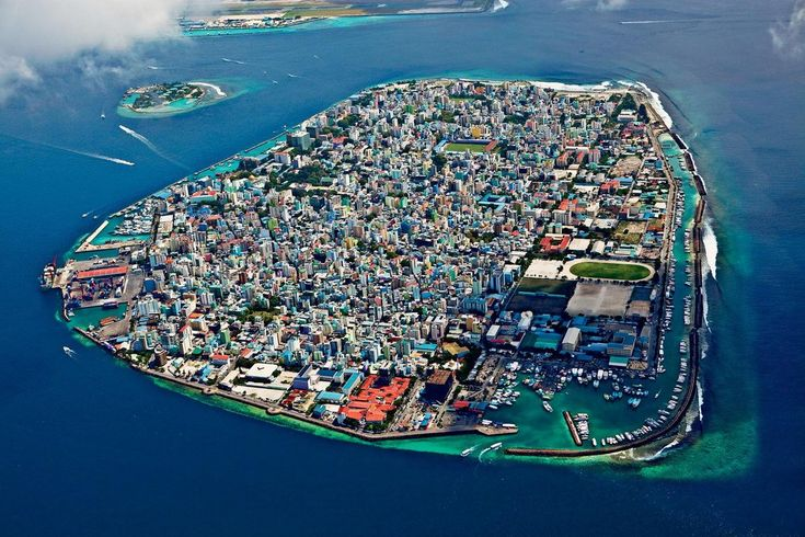 Malé the capital of the Maldives is a 100% urbanised island