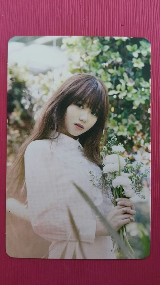 LOVELYZ SUJEONG Official Photocard #2 A NEW TRILOGY 2nd Album GRAVITY 수정