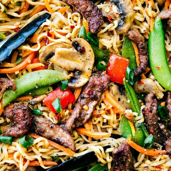 Garlic Beef & Veggie (snow peas, carrots, mushrooms, red pepper) Ramen is an easy dinner recipe that is so much better & healthier than take-out!