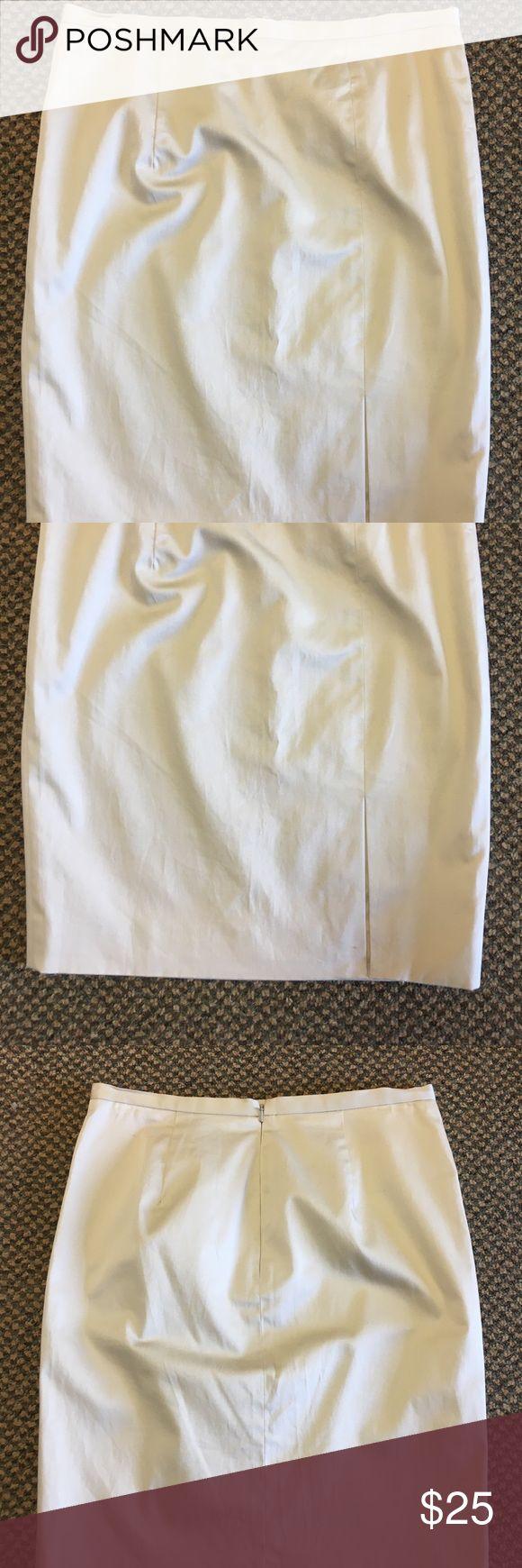 "NWT Michael Kors Khaki Stretch Twill Pencil Skirt Classic cut and lightweight cotton Blend with front slit up left thigh (still sewn closed). Back zipper. No pockets. 30"" waist 34"" hips 21"" long. MICHAEL Michael Kors Skirts Pencil"