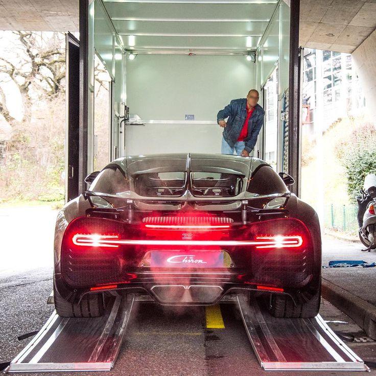 @POGforever's new Bugatti Chiron ?  #carswithoutlimits #bugatti #chiron