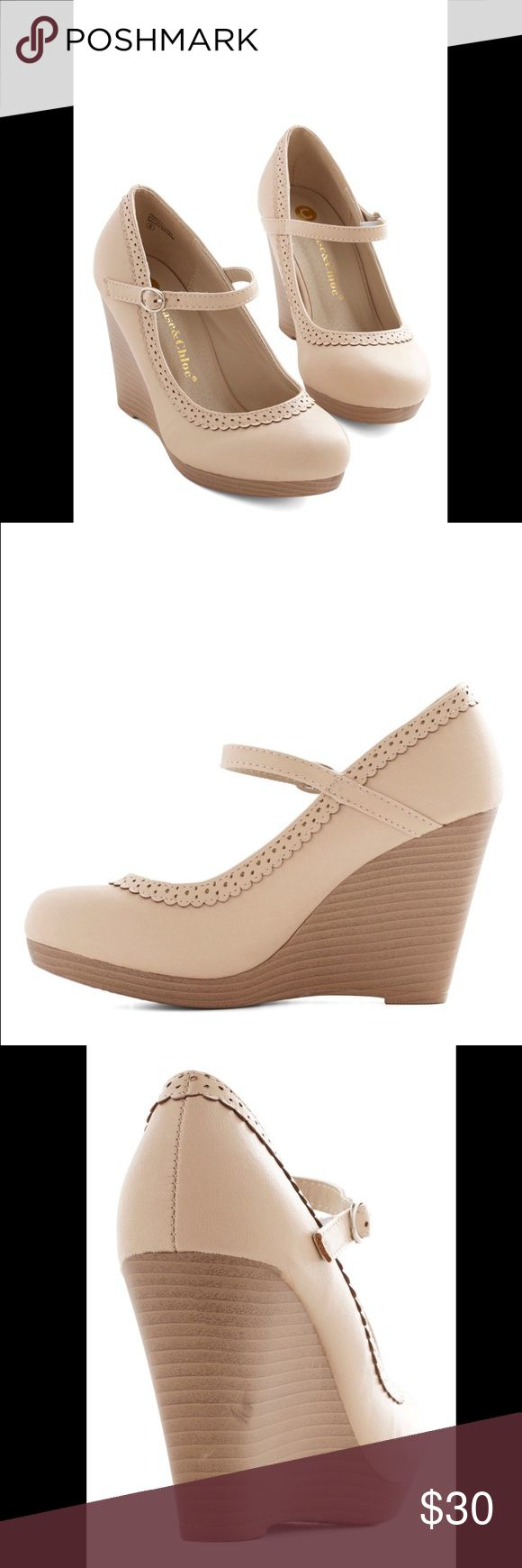 Chase & Chloe Cream Wedges Cute and comfy wedges from Chase & Chloe! The cream color matches with everything, and they pair well with dresses or a pair of jeans. These wedges are a size 8, and rarely worn in great condition! Chase & Chloe Shoes Wedges