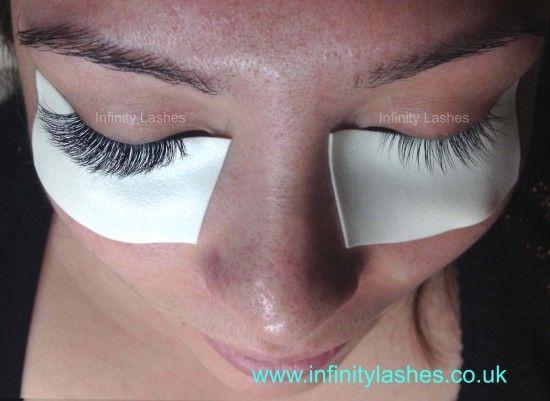 eyelash extensions training hampshire and south UK