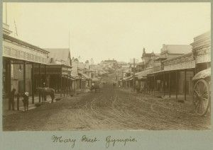 Mary Street, Gympie, 1908 / John Oxley Library, State Library Queensland, Neg: 236573 http://hdl.handle.net/10462/deriv/38861 | thefashionarchives.org