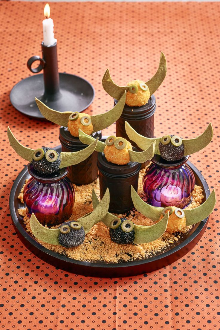 1000+ images about Halloween Table on Pinterest | Meat loaf, Easy ...