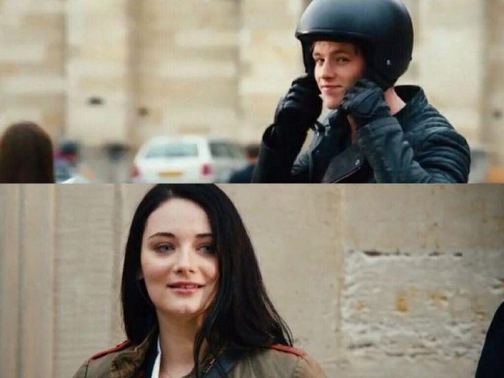 Saphirblau teaser trailer.- Gideon and Gwendolyn
