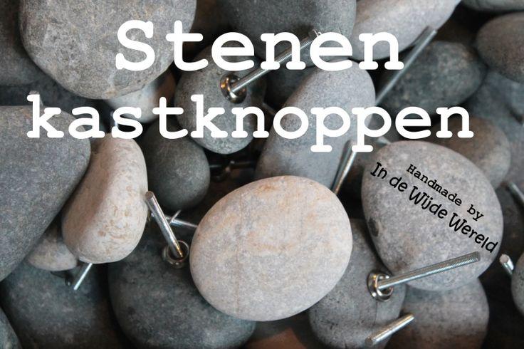 Stenen knoppen KLEIN Handgemaakte kastknoppen Handmade Beach pebbles Diverse kleuren.