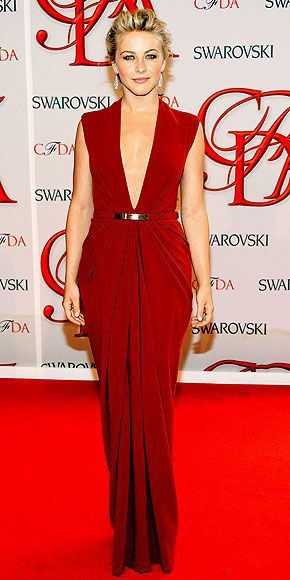 JULIANNE HOUGH in a cut-to-there crimson Kaufmanfranco gown with metallic embellishment, a sophisticated updo and dangling earrings, the Rock of Ages actress goes for goddess glamour.