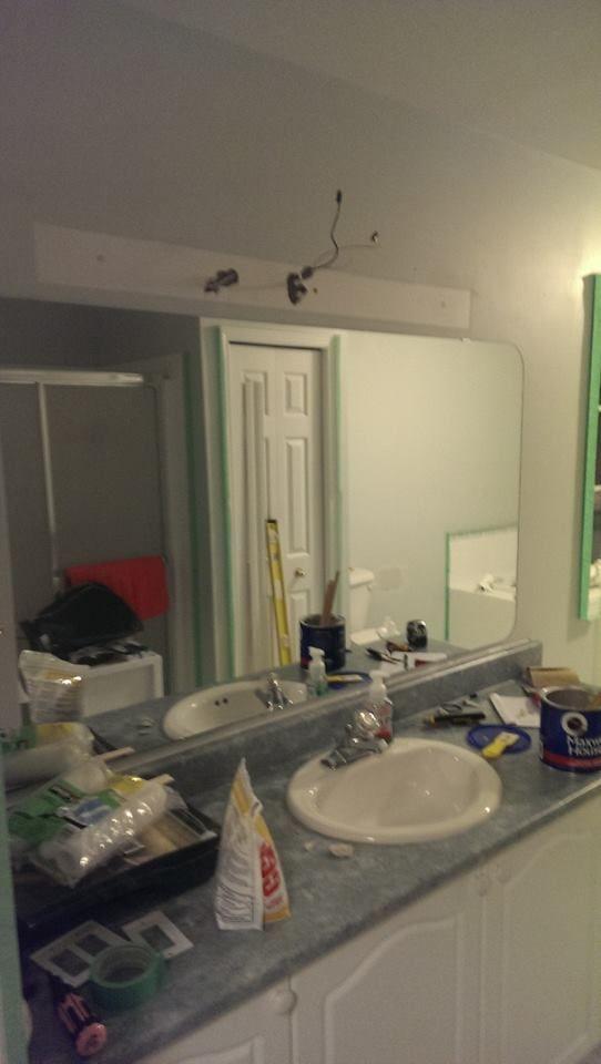 Bathroom Inexpensive DIY facelift - Before