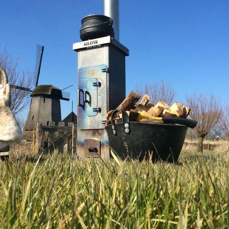 Optimaal genieten van het buitenleven met de Gilifik tuinhaard. Een tuinkachel van top kwaliteit voor jaren lang stook plezier. Outdoor stove for all seasons.