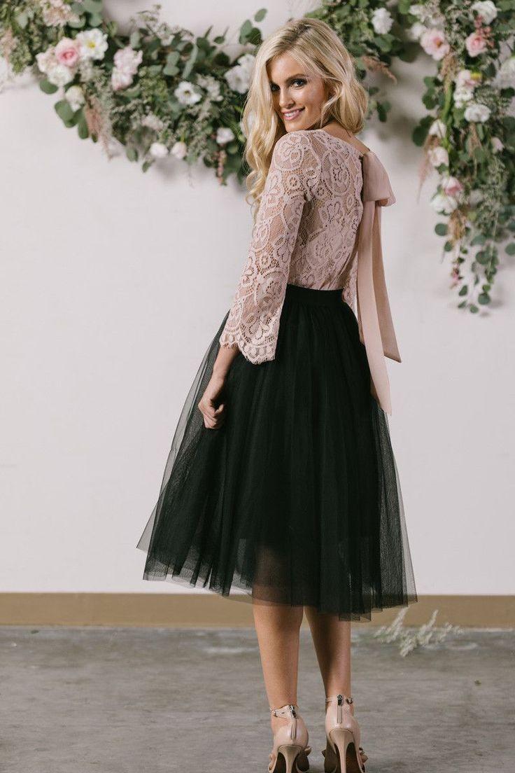 Eloise Black Tulle Midi Skirt Beautyblog Makeupoftheday Makeupbyme Makeuplife Makeuptutorial Instam Tulle Midi Skirt Tulle Skirts Outfit Black Tulle Dress [ 1104 x 736 Pixel ]
