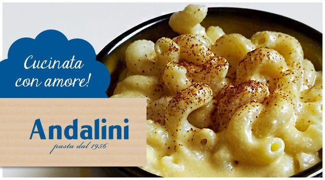 La nostra amica Francesca di @nomnomqb ci propone una versione vegana e molto originale dei classici maccheroni e formaggio: Mac & Creamy ►https://goo.gl/p9EI5Z Da provare!!! Buon appetito